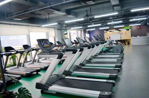 仓库 厂房 居民楼这些地方可以开健身房吗