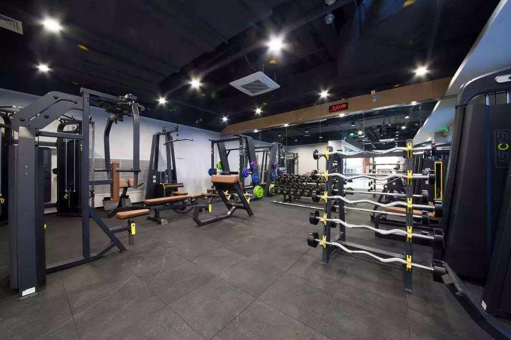 开个健身房投资大吗?有发展前景吗?