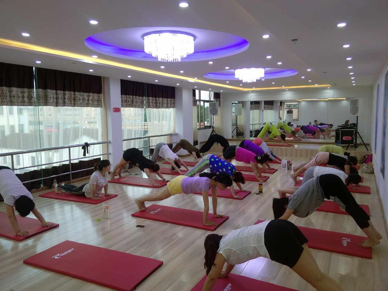 投资开健身房之健身房都有哪些职能部门?