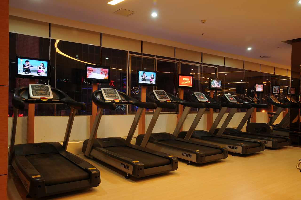 加盟24小时健身房需要多少钱