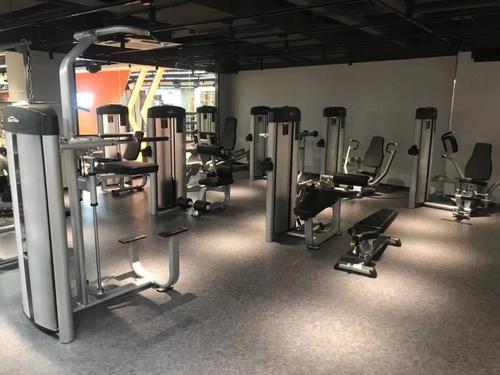 小本投资健身房